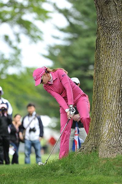 Paula Creamer, who shot 73 on Sunday, and Michelle Wie finished two strokes behind Pettersen at eight under.