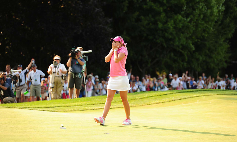 Paula Creamer, 2010 U.S. Women's Open                       When she arrived at the 2010 U.S. Women's Open, Creamer had missed the previous four months due to a still-healing thumb injury. She was forced to limit herself to 40 practice shots on the range before each round to manage the pain. Furthermore, the venue could not have been more daunting: Oakmont Country Club, arguably the toughest championship track in the world. But despite flinching after each painful swing, Creamer persevered to win her first major championship by four strokes.