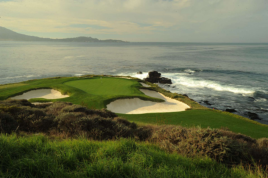 The very best short holes combine scenery and strategy, with a few adding terror and perhaps even a stadium-like atmosphere (at least one week a year). Josh Sens takes a look at a dozen of the best par 3s in the country.                                              Pebble Beach Golf Links -- No. 7, 106 yards -- Pebble Beach, Calif.                       Depending on the wind, this little coastal beauty might require a three-wood or a pitching wedge. No matter the weather, the striking sight itself -- a tiny green perched on a rock-ringed promontory -- is like a dreamy golf calendar sprung to life.