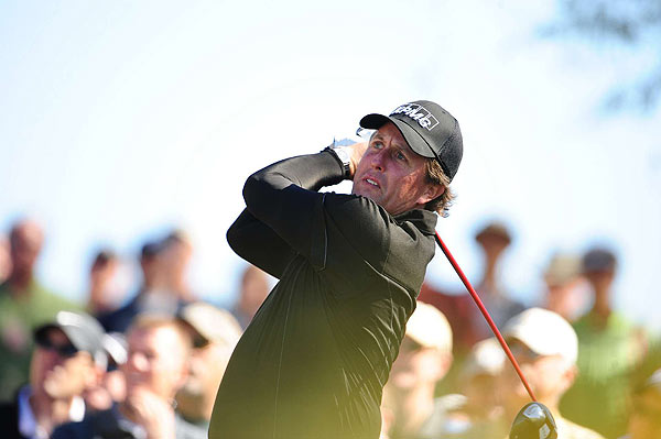 Perry's opening-round 1-over 72 ties the mark for the fourth-highest, opening-round score by an FBR Open winner.                                                           Harold McSpadden shot a 74 at Phoenix CC in 1944; Phil Mickelson (left) shot a 73 at TPC Scottsdale in 2005; Dudley Wysong shot a 73 at Phoenix CC in 1966; and Cary Middlecoff shot a 72 at Phoenix CC in 1956.