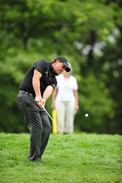 Phil Mickelson made double bogey on the par-4 sixth hole.