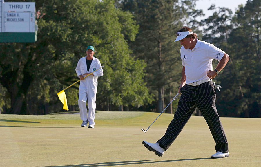 Phil Mickelson birdied the 18th hole Saturday to cap off a six-under 66. Mickelson will try to win his fourth green jacket on Sunday.