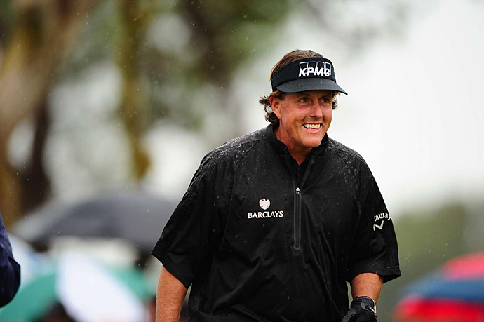 After a poor start on Thursday, Phil Mickelson rallied to make the cut on Friday.