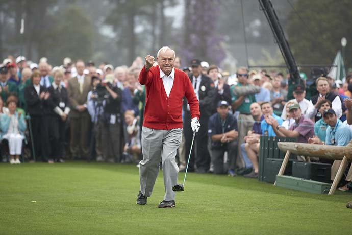 Arnold Palmer reacting after pounding his ceremonial first tee shot on No. 1 before Thursday play at Augusta National.