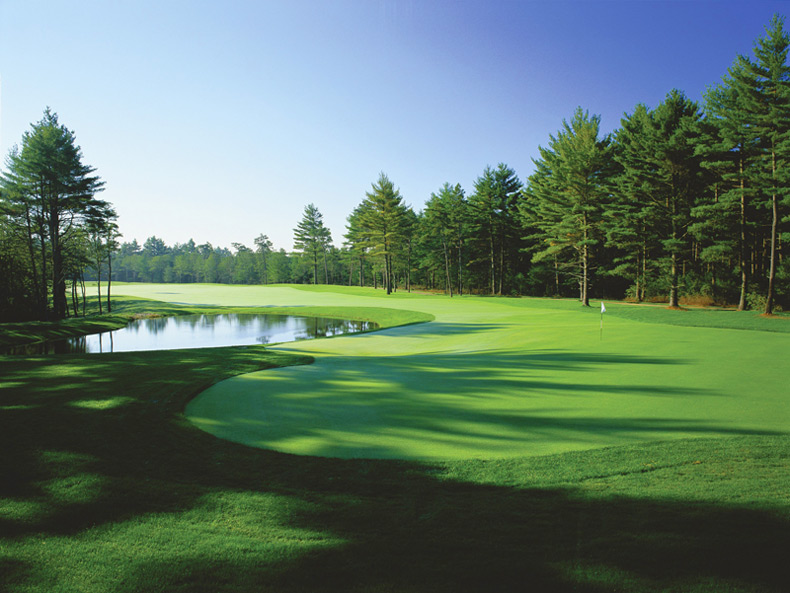 Pinehills (Nicklaus)                           Plymouth, Mass. -- $45-$110, pinehillsgolf.com