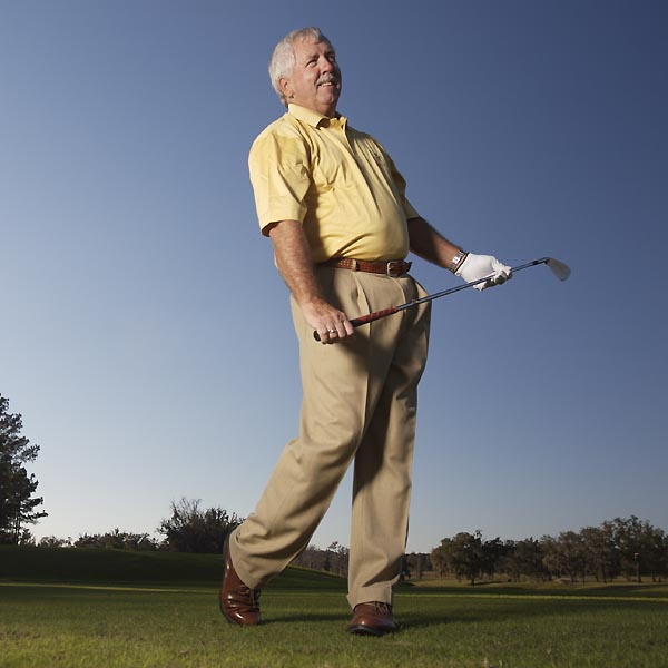"Now ""present"" the handle of the club to your right hand, release your left hand, and go back to the first step. Now you're practicing like a pro!"
