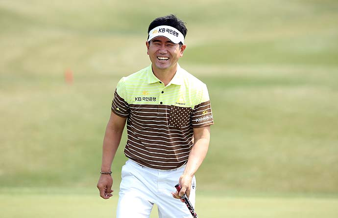 """I would really appreciate if they could actually turn off their cell phones so they can this enjoy the golf match itself.""                           --Y.E. Yang on galleries at the Ballantine's Championship in South Korea."