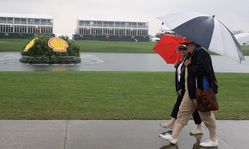 A thunder storm moved into the area Thursday afternoon, causing a lengthy rain delay in the middle of the first round at the Houston Open.