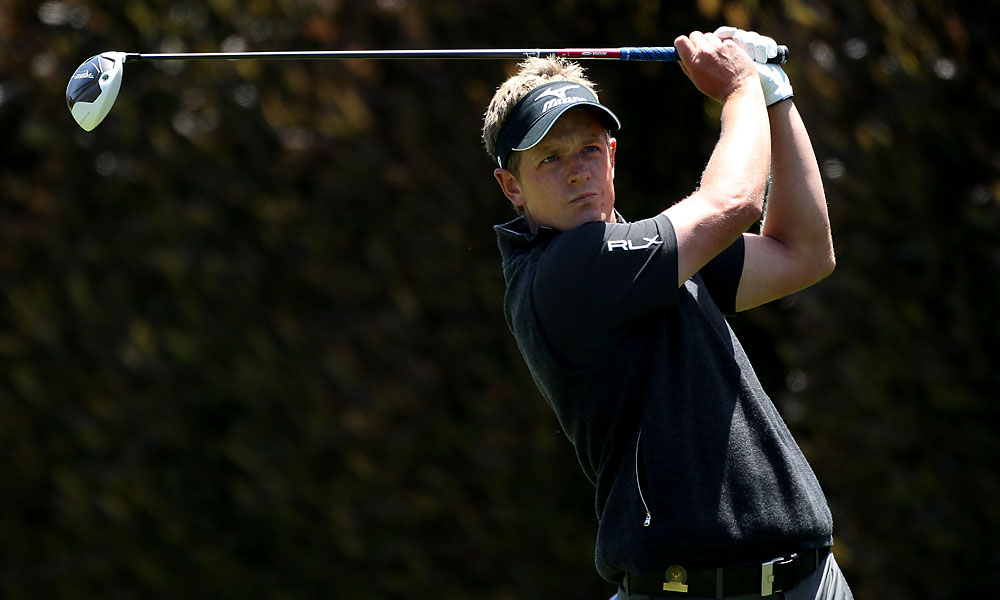World No. 1 Donald bogeyed his first two holes.