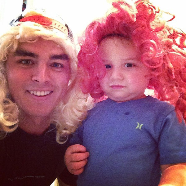 @therickiefowler: Just playing dress up with Caleb earlier tonight...don't think he was too pumped on the red hair