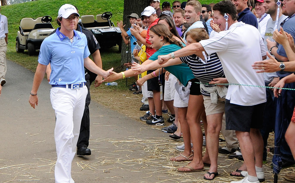 As his lead grew, McIlroy became a fan favorite at Congressional.