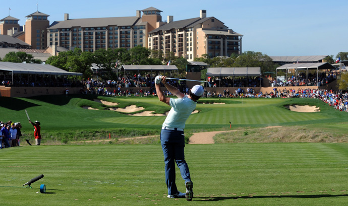 McIlroy made seven birdies and two bogeys to match the low round of the day, a five-under 67.