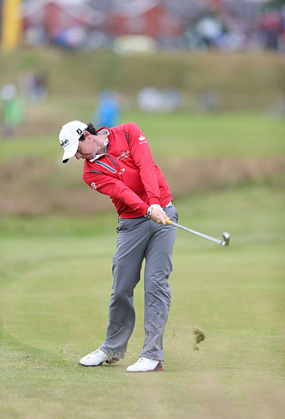 Rory McIlroy struggled Friday, shooting a disappointing 75.
