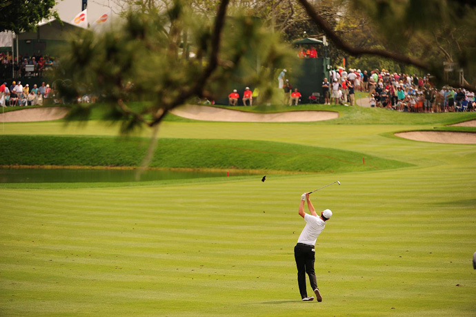 Justin Rose was in control for most of the day, but he bogeyed three of the last six holes to fall two shots behind Woods.