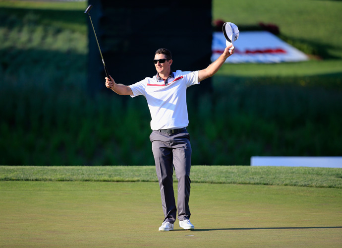 Justin Rose shot a 65 on Friday to defeat Lee Westwood by one stroke at the World Golf Final in Turkey.