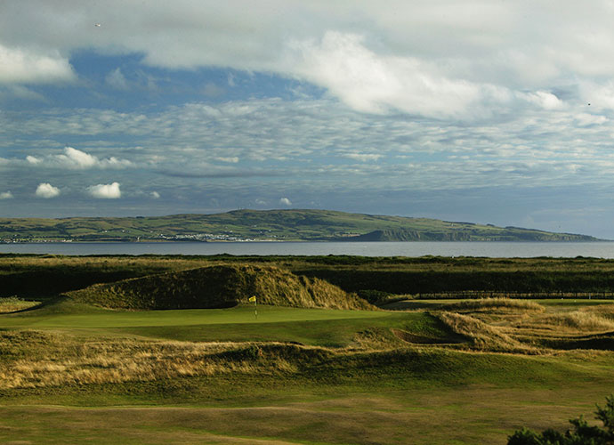 "3. Royal Troon (Old), Troon, Scotland; Opens: 1923, 1950, 1962, 1973, 1982, 1989, 1997, 2004 (2016)                                   Troon might be best known for its ""Postage Stamp"" par-3 8th, the shortest hole in Open golf at 123 yards that was aced in the 1973 Open by 71-year-old Gene Sarazen. Arnold Palmer set an Open record with his win in 1962, at 276, a mark later tied by Tom Weiskopf -- again at Troon -- in 1973."