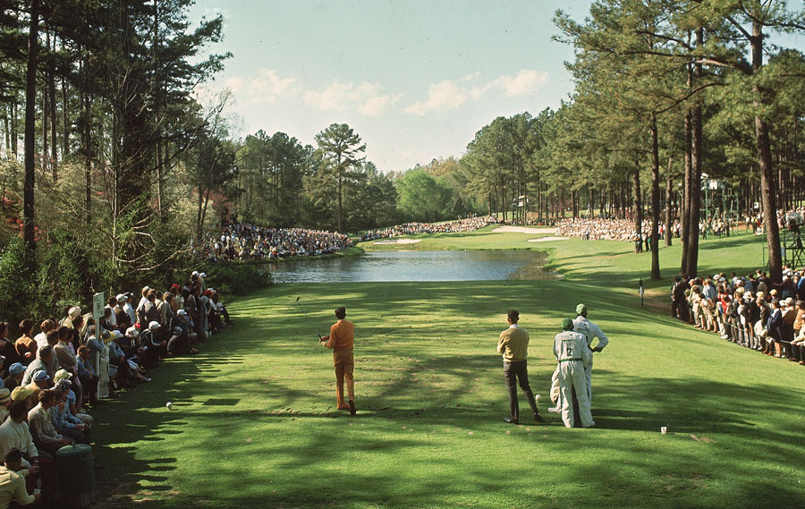 Doug Sanders, who tied for fourth in 1966, teeing off on No. 16.