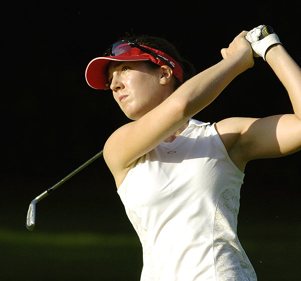 Gal shot a bogey-free, eight-under 64 for a one-stroke lead.