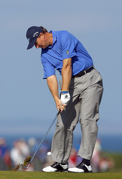 Three-time major champion Ernie Els couldn't get it going in the opening round, shooting an even-par 72.