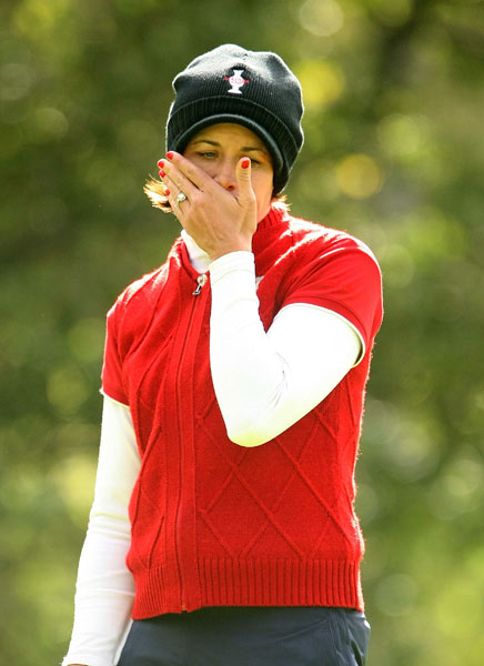Laura Diaz stared in disbelief after a missed putt on No. 4.