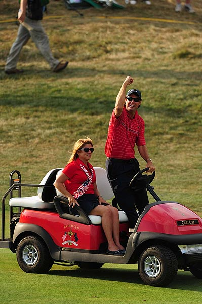 Azinger took a victory lap after his team secured the cup.