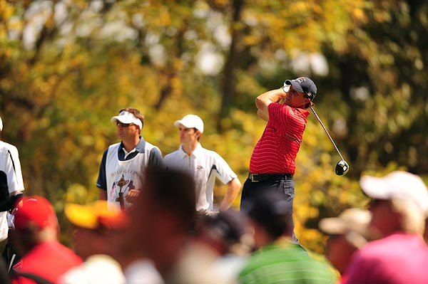 Phil Mickelson lost his match to Justin Rose, 3 & 2.