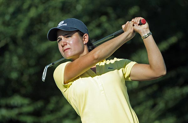 Lorena Ochoa is two strokes off the lead after an opening 67.