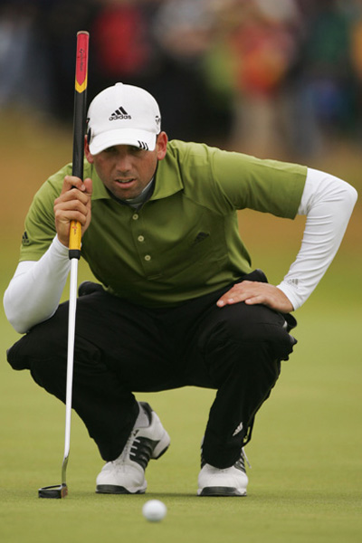 Can Sergio's Belly Putter Save Your Stroke?                           Sergio Garcia didn't close the deal at Carnoustie, but his new belly putter got him really close. Imagine what it could do for you.                                                      By Top 100 Teacher Eden Foster with Jessica Marksbury                                                      While Sergio Garcia continues to blame everyone but himself for the empty spot in his major trophy case, his play at Carnoustie was nothing short of spectacular. Just a few weeks ago he had missed the cut at the U.S. Open, an anomaly that many attribute to a familiar weak spot in his game: inconsistent putting (Garcia ranked 158th in putting last year).                                                      At the British, however, he made almost everything he looked at. He one-putted nine times in his first round and finished the tourney without a three-putt. His secret? A switch from a standard-length putter to a belly-length model. The move paid immediate dividends. If, like Garcia, you struggle with getting the ball into the hole, a belly putter may be the solution.