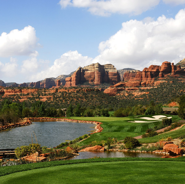 4. Seven Canyons, Sedona, Ariz.                             Serving up some of the most impressive panoramas in golf is this 2002 Tom Weiskopf design surrounded in every direction by red rock spires and outcroppings. The drum-tight, 6,746-yard par-70 layout is a throwback, and layups off the tee are frustratingly common. But given the incomparable setting, it's easily forgiven.