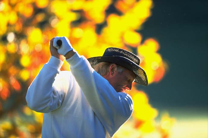 Greg Norman at Sherwood CC in Thousand Oaks, Calif., in November 1998 for the Shark Shootout.