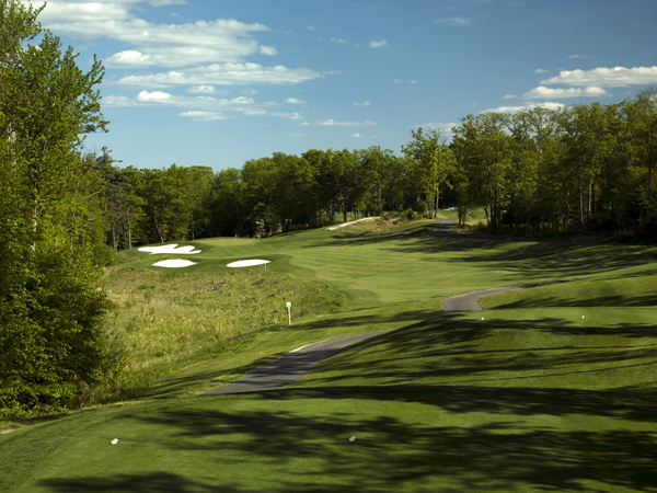 4. Shining Rock Golf Club                           Northbridge, Mass.                           6,878 yards, par 72                           Green Fees: $45-$70                           508-234-0400                           shiningrock.com