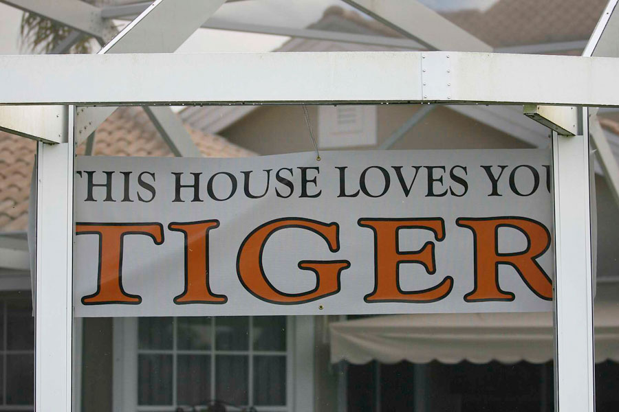 A house near PGA National posted a sign for Tiger.