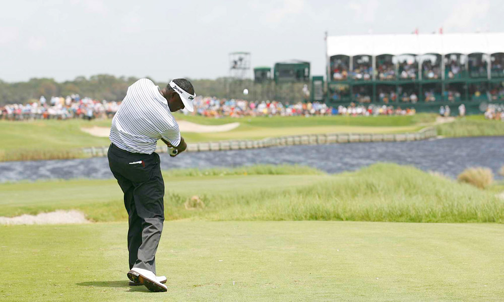 Vijay Singh had a solid three-under 69 on Friday to get to four under for the tournament.