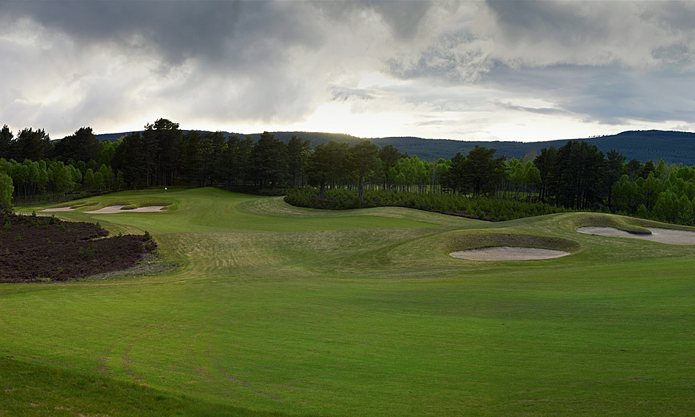"Spey Valley Golf Course 7th (par 4, 399 yards)                       LOCAL KNOWLEDGE: ""The design enables the higher handicapper to lay up, hit a 'scuttler' toward the front right edge of the green, then chip and putt for a hallelujah' par."" - Dave Thomas, course designer and two-time British Open runner-up"