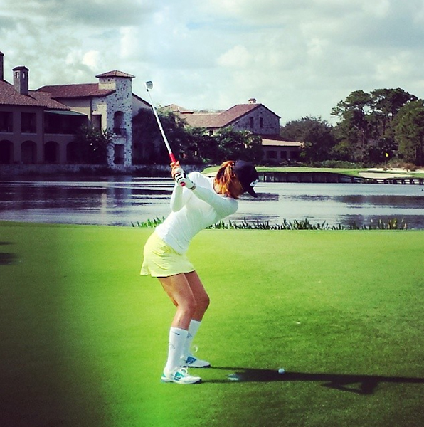 From Michelle Wie's Instagram:                           #makeitcount #bearsclub