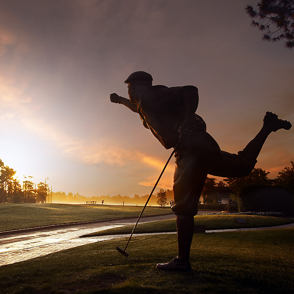 Stewart's pose after that win is immortalized with a statue at Pinehurst.