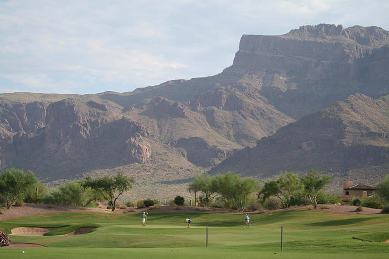 Superstition Mountain (Prospector Course) -- Gold Canyon, Ariz.                           Submitted by Donald J. Hollis