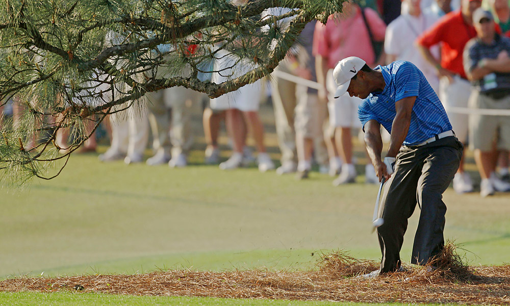 Woods suffered a mild sprain of his medial collateral ligament in his left knee at the 2011 Masters, along with a mild strain to his left Achilles. He finished tied for fourth. The injury would cause him to withdraw from the Players Championship and miss both the U.S. Open and the British Open.