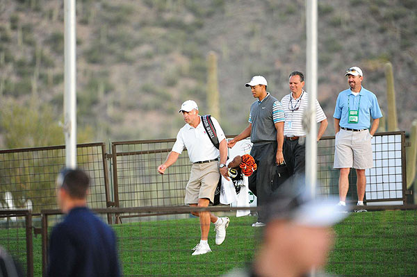 Tuesday Practice Rounds at the Ritz-Carlton Golf Club                                                      Tiger Woods arrived early Tuesday and headed to the range with caddie Steve Williams.