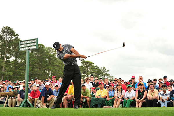 Woods received a huge ovation from the gallery when he came to the first tee for what was surely one of the most anticipated shots in Masters history. He hit a good one.