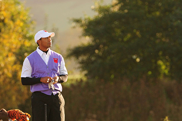 relied on his partner, Steve Stricker, as they dispatched Miguel Angel Jimenez and Peter Hanson 4 and 3 in foursomes.