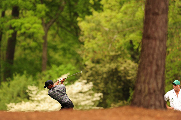 Woods made two birdies, a bogey and an eagle on the front nine.