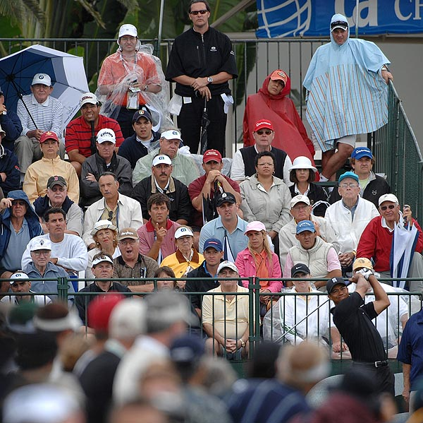Tiger Woods teed off in front of a large crowd on Thursday at Doral.