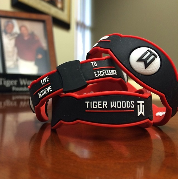 @TigerWoods Check out my new wristband. It's for sale in Asia to help raise funds for @TWFoundation's planned expansion. Going to honor my Mom by serving Asian youth!