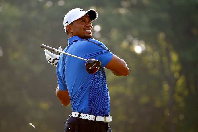 Tiger Woods doesn't like his tee shot on the 6th hole during the third round of the Bridgestone Invitational.