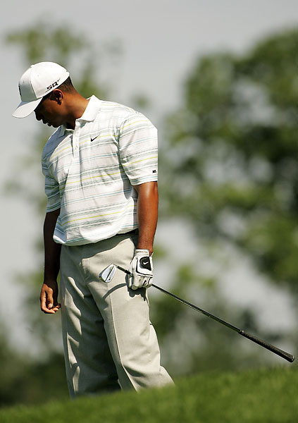 After the death of his father, Earl, Woods took a hiatus that ended at the 2006 U.S. Open at Winged Foot, where he missed the cut. It was his first missed cut at a major as a pro.