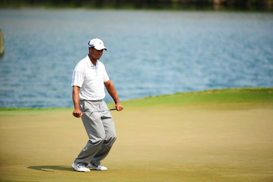 Tiger Woods had an uneventful day, making two birdies and two bogeys for a 72.