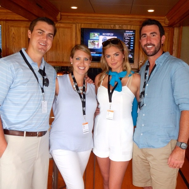@kateupton: Had so much fun at Arnold Palmer Invitational #bayhill#theking #mattevery