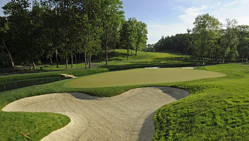 2. Muirfield Village -- Ohio (1987) Jack Nicklaus' dream course currently ranks 52nd in the world and is a favorite of U.S. PGA Tour players. Even a home game couldn't stop the U.S. from dropping its second straight Cup, thanks to overwhelming efforts from Seve Ballesteros and Nick Faldo, who handled the superb risk/reward par 5s and the wonderful drive-and-pitch par-4 14th better than the Americans.