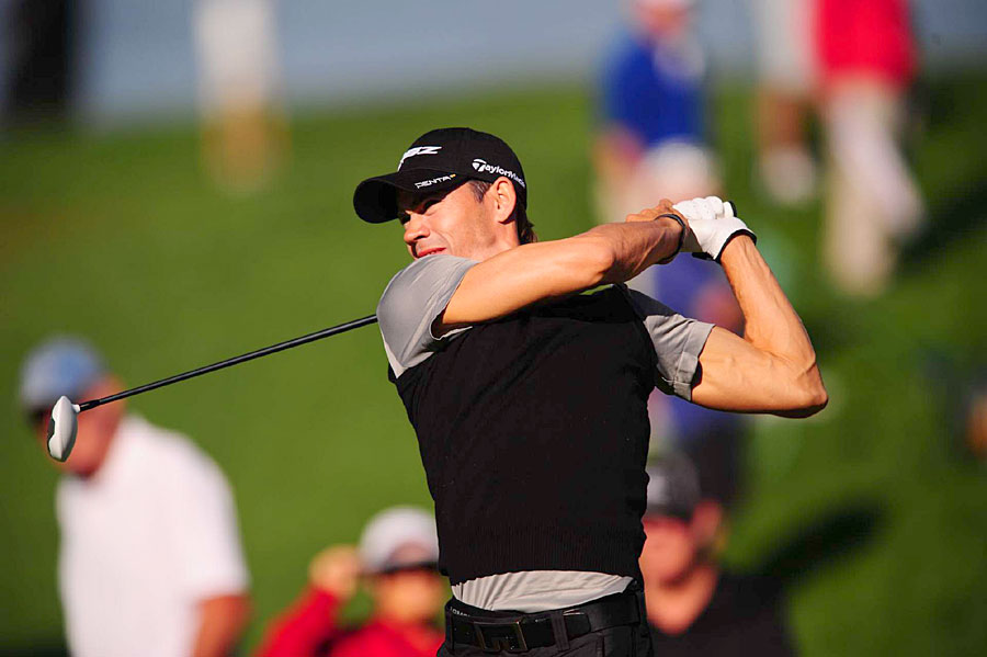 Camilo Villegas made four birdies, two bogeys and a double bogey for a 72.
